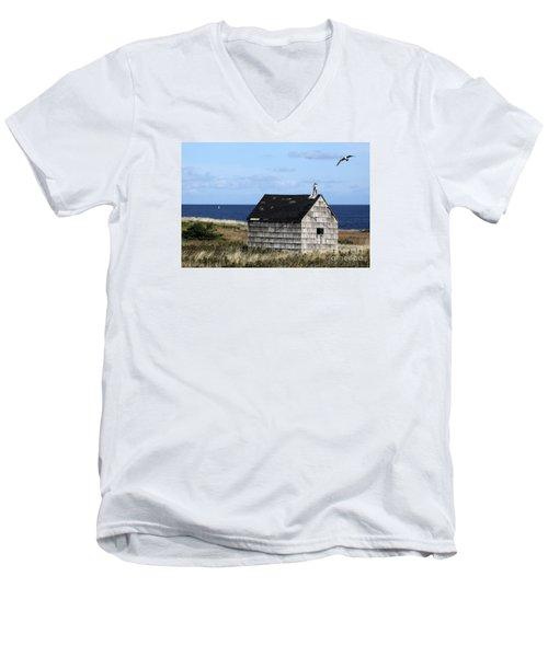 Maritime Cottage Men's V-Neck T-Shirt