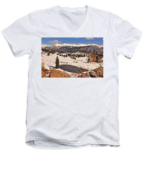 Molas Pass Winter Men's V-Neck T-Shirt