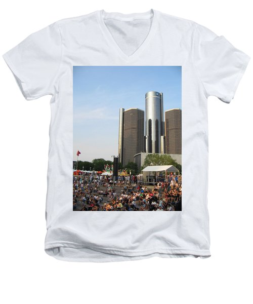 Movement Day C Men's V-Neck T-Shirt