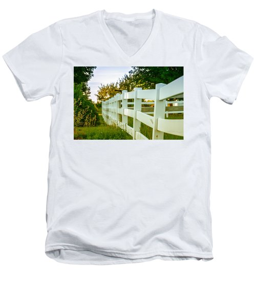 New England Fenceline Men's V-Neck T-Shirt