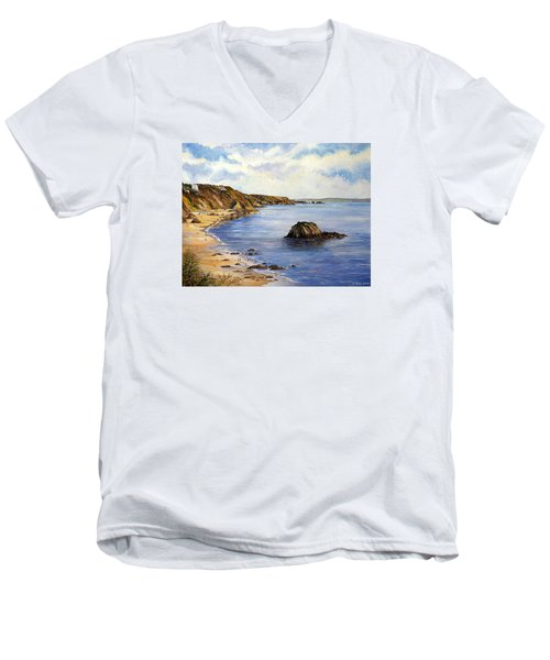 North Beach  Tenby Men's V-Neck T-Shirt