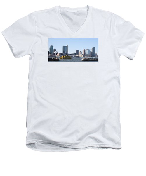 Men's V-Neck T-Shirt featuring the photograph Ny Waterways by John Telfer