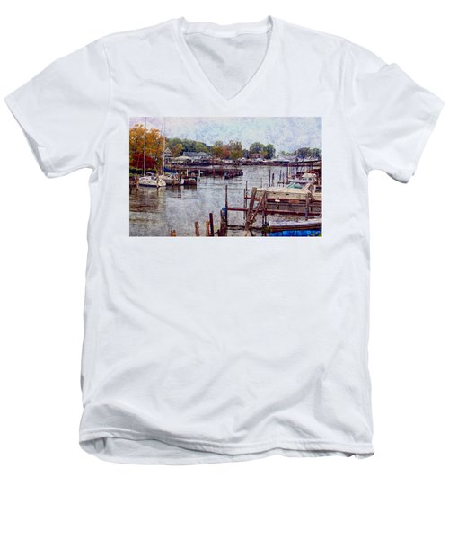 Men's V-Neck T-Shirt featuring the photograph Olcott by Tammy Espino