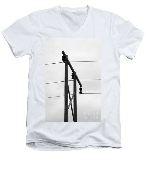 Old Country Power Line Men's V-Neck T-Shirt