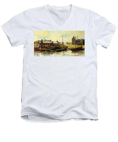 Old Fisherman's Village Men's V-Neck T-Shirt
