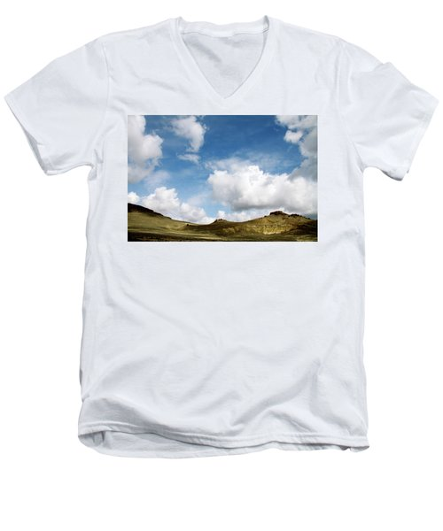 Oregon Trail Country Men's V-Neck T-Shirt by Ed  Riche