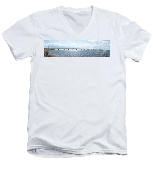 Oresundsbron Panorama 01 Men's V-Neck T-Shirt