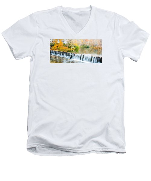 Panorama Of Buck Creek In Autumn Men's V-Neck T-Shirt