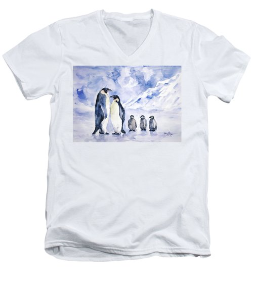 Penguin Family Men's V-Neck T-Shirt