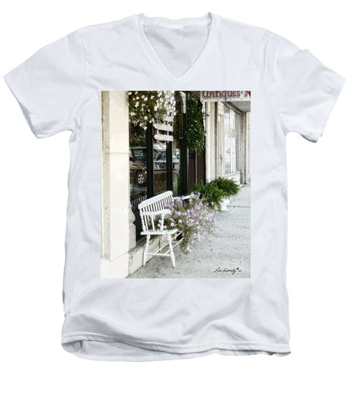 Pentunia Bench Men's V-Neck T-Shirt