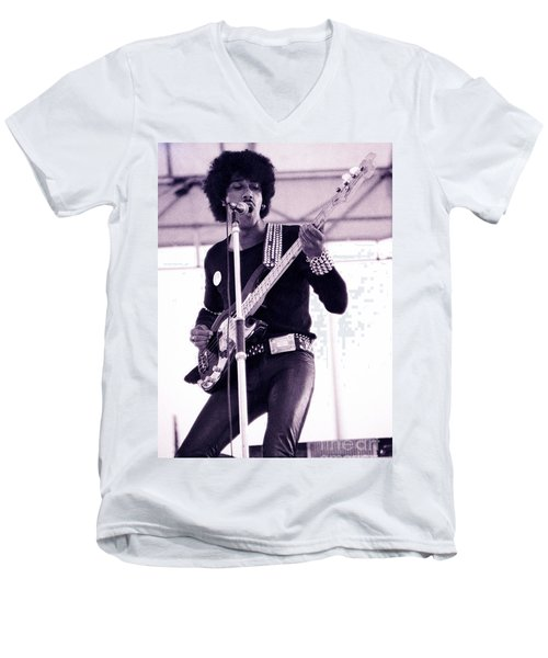 Phil Lynott Of Thin Lizzy Black Rose Star Effect Day On The Green 4th Of July 1979 - Unreleased No 3 Men's V-Neck T-Shirt