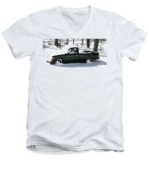 Men's V-Neck T-Shirt featuring the photograph Pickup In The Snow by Pamela Hyde Wilson