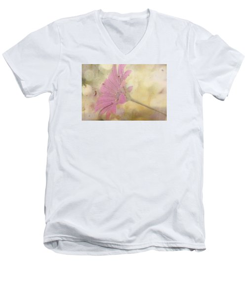 Pink Textured Gazania Men's V-Neck T-Shirt