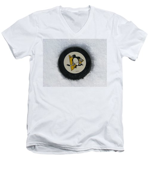 Pittsburgh Penguins Men's V-Neck T-Shirt
