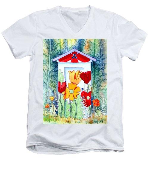 Poppy Potty Men's V-Neck T-Shirt
