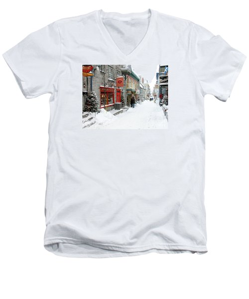 Quebec City In Winter Men's V-Neck T-Shirt