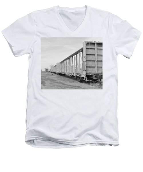 Rail Cars Men's V-Neck T-Shirt