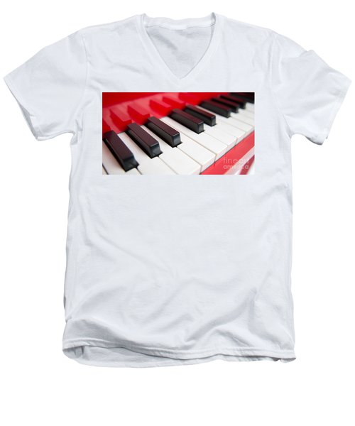 Red Piano Men's V-Neck T-Shirt