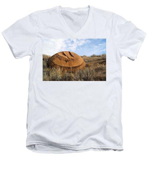Red Rock Coulee I Men's V-Neck T-Shirt