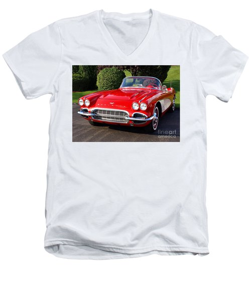 Route 66 - 1961 Corvette Men's V-Neck T-Shirt