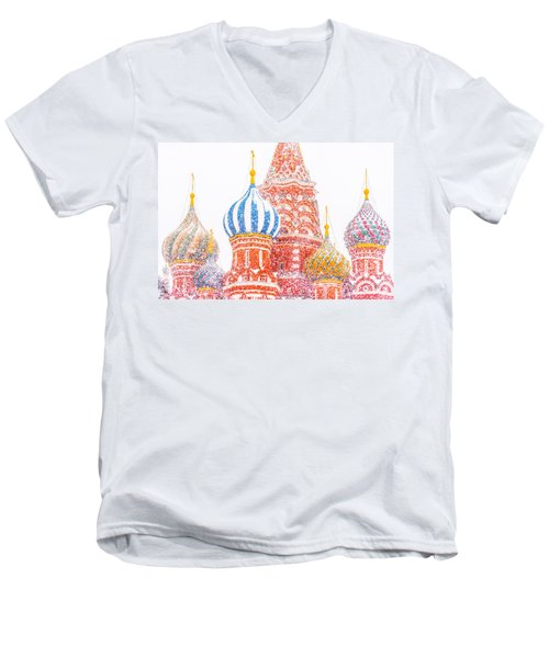 Russian Winter Men's V-Neck T-Shirt