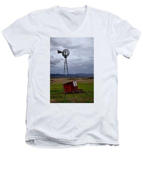 Salt Springs Windmill Men's V-Neck T-Shirt