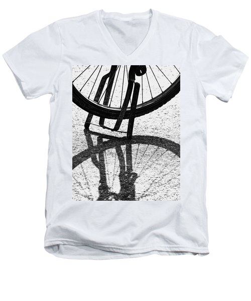 Semi-circles Men's V-Neck T-Shirt