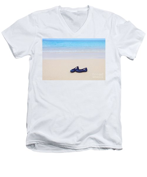 Shoes In Paradise Men's V-Neck T-Shirt