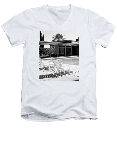 Sinatra Pool Bw Palm Springs Men's V-Neck T-Shirt