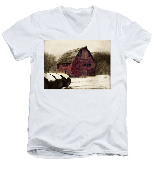 Snow Bales Men's V-Neck T-Shirt
