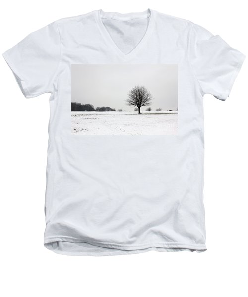 Snow On Epsom Downs Surrey England Uk Men's V-Neck T-Shirt