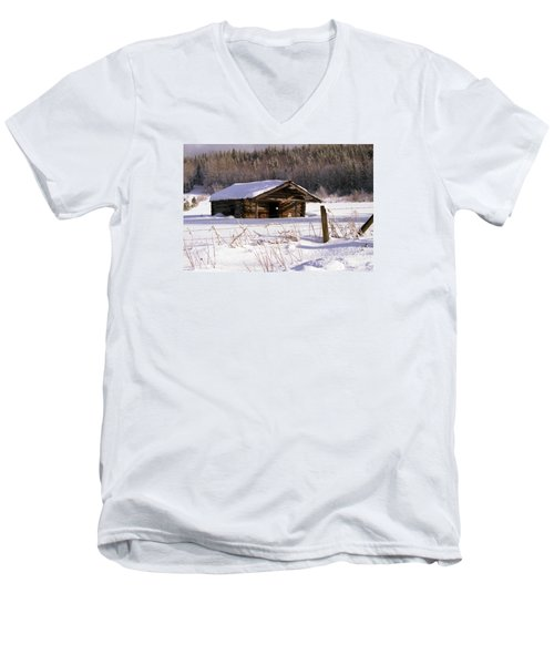 Snowy Cabin Men's V-Neck T-Shirt