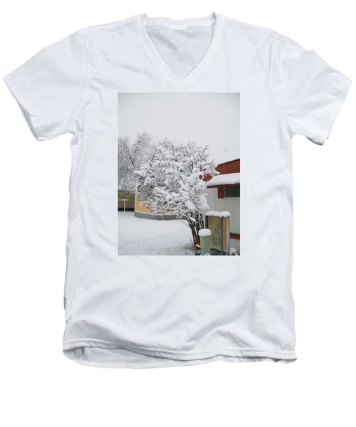 Men's V-Neck T-Shirt featuring the photograph Snowy Lilac by Jewel Hengen