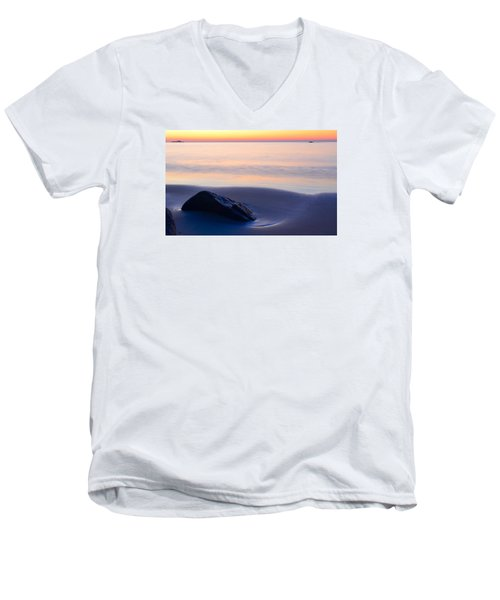 Solitude Singing Beach Men's V-Neck T-Shirt by Michael Hubley