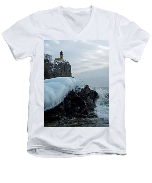 Split Rock Lighthouse Winter Men's V-Neck T-Shirt