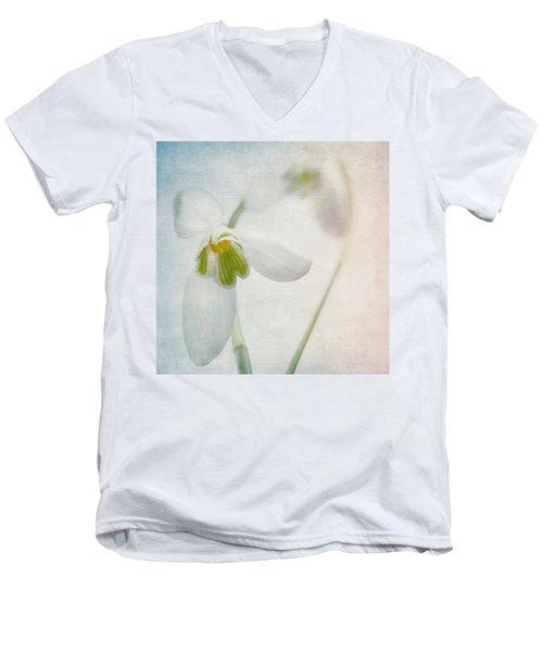 Springflower Men's V-Neck T-Shirt
