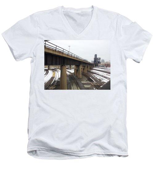 St. Charles Airline Bridge Men's V-Neck T-Shirt