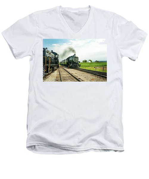 Strasburg Express Men's V-Neck T-Shirt