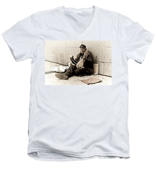 Street Musician Men's V-Neck T-Shirt