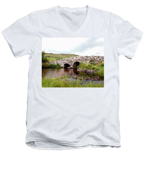 The Quiet Man Bridge Men's V-Neck T-Shirt