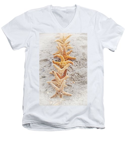 The Starfish Line Dance Men's V-Neck T-Shirt