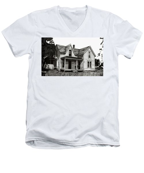This Old House Men's V-Neck T-Shirt