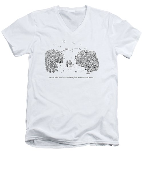 Two Kings Speak To Each Other In The Middle Men's V-Neck T-Shirt