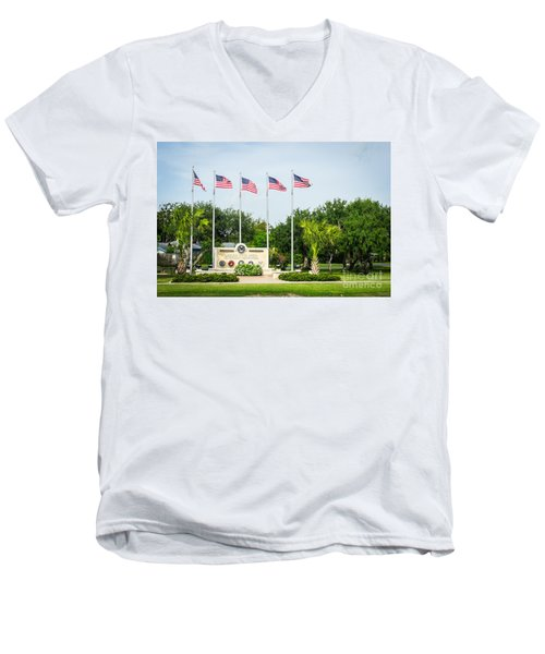 Veterans Memorial Laguna Vista Texas Men's V-Neck T-Shirt