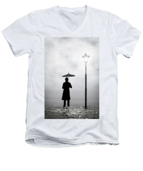 Victorian Man Men's V-Neck T-Shirt