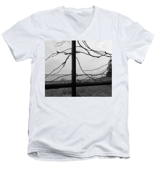 Men's V-Neck T-Shirt featuring the photograph Virginia Creeper  by Cheryl Hoyle
