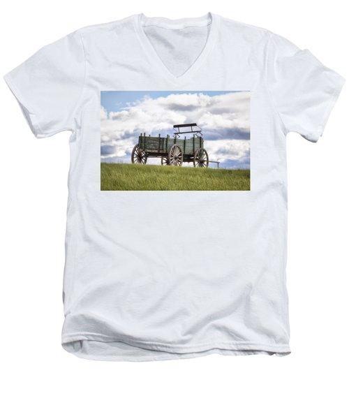 Wagon On A Hill Men's V-Neck T-Shirt