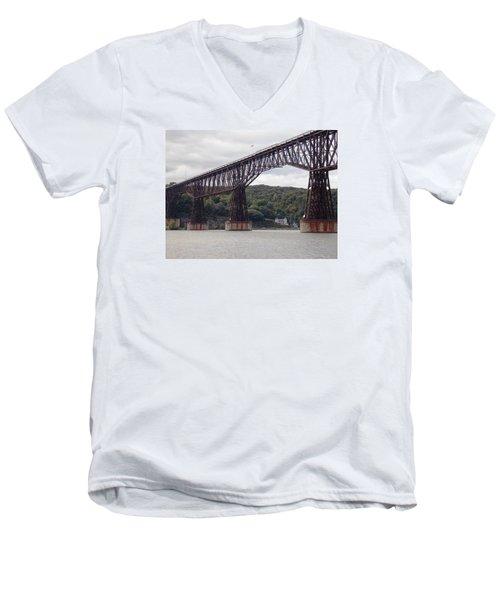 Walkway Over The Hudson Men's V-Neck T-Shirt