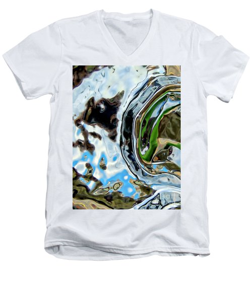 Water Captivates Men's V-Neck T-Shirt