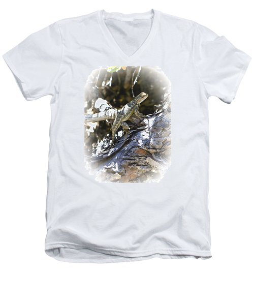 Western Fence Lizard Aka Blue-belly Lizard Men's V-Neck T-Shirt